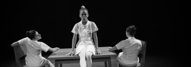 """Encuentro Nacional de Teatro: """"La Vida seria de Las Personas""""  de la  UCR - Colectivo Las Tres Hermanas,"""