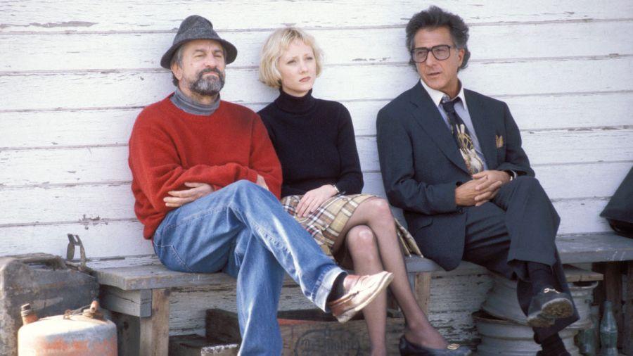 Cine UCR. La cortina de humo. Barry Levinson. 1997