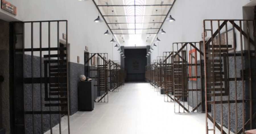 Recorrido guiado. 24 celdas usadas por los presos