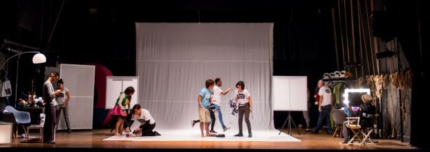 """Encuentro Nacional de Teatro: """"Some 1 LiKe u"""" de Bonusteatro"""