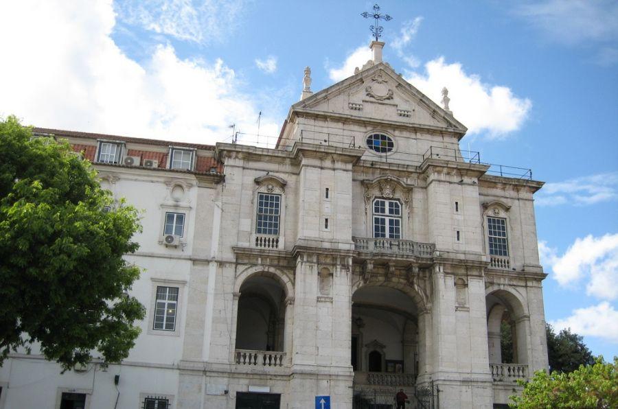 Roteiro Igreja N S Penha França - Um segredo antigo