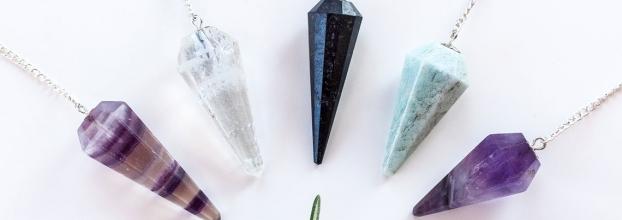 Aprenda a Fazer o seu pêndulo e amuleto de Madeira