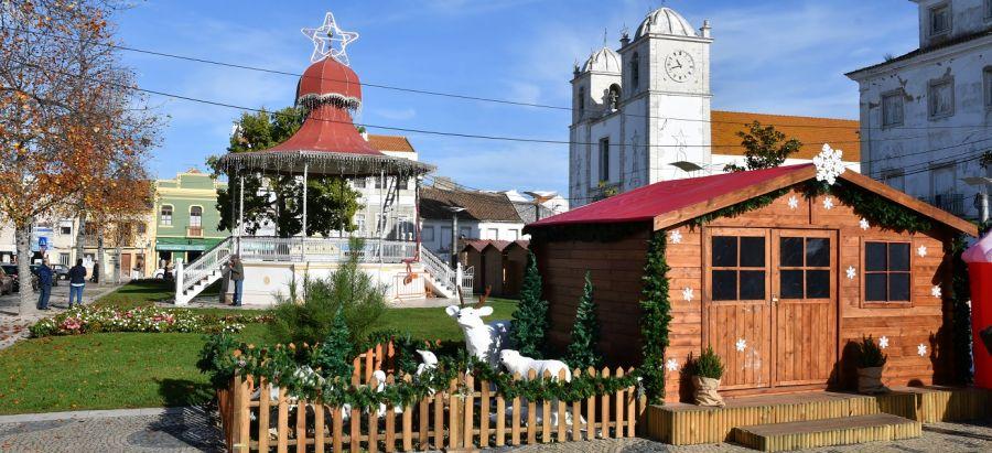 Mercado de Natal / Casinha do Pai Natal e Tenda Infantil
