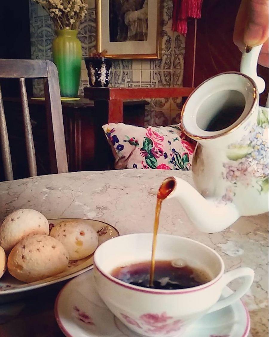 Chá das 6! Comida Afetiva por Marina Sales