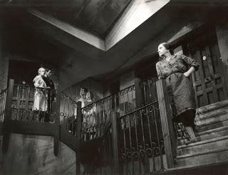 Teatro 'Historia de una escalera', de Antonio Buero Vallejo    Teatro Imperial de Don Benito