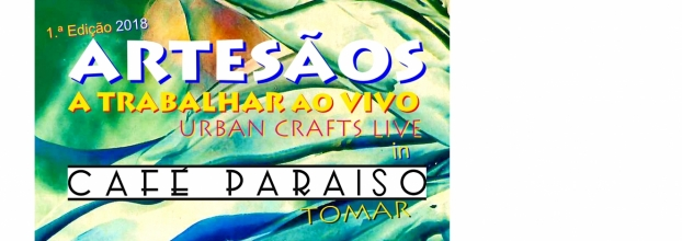 Artesãos a trabalhar ao vivo no Café Paraíso