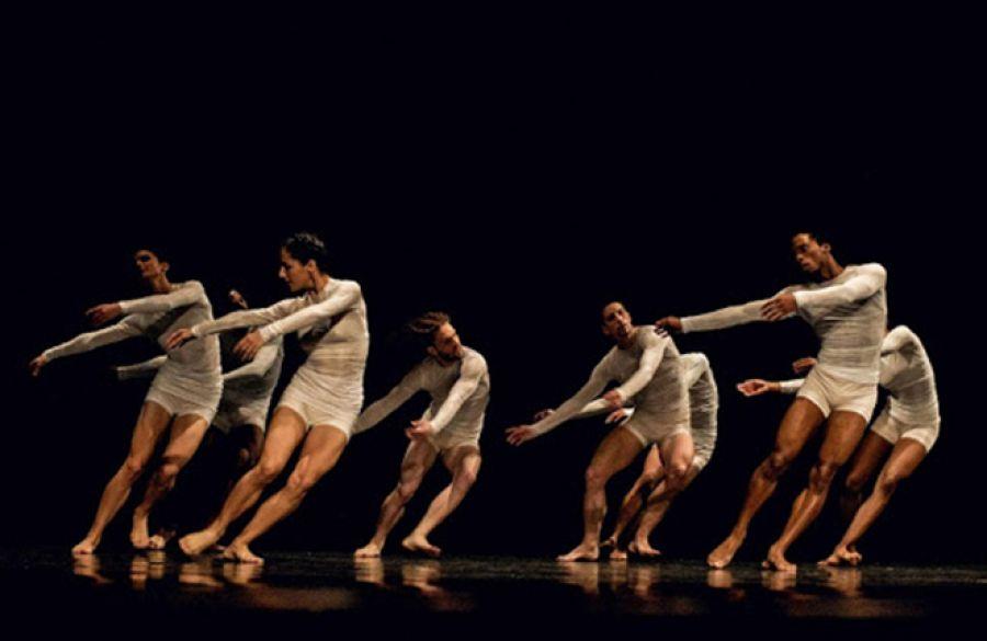 Jugando a la composición coreográfica. Esteban Ortiz