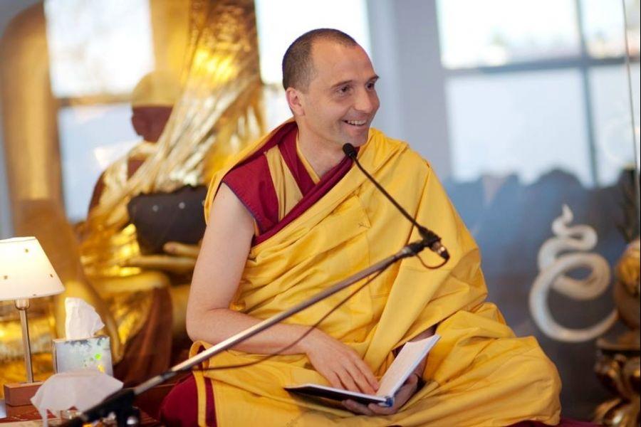 "Workshop: "" Proteger-se de Energia Negativas"" com monge budista Gen Rigden"