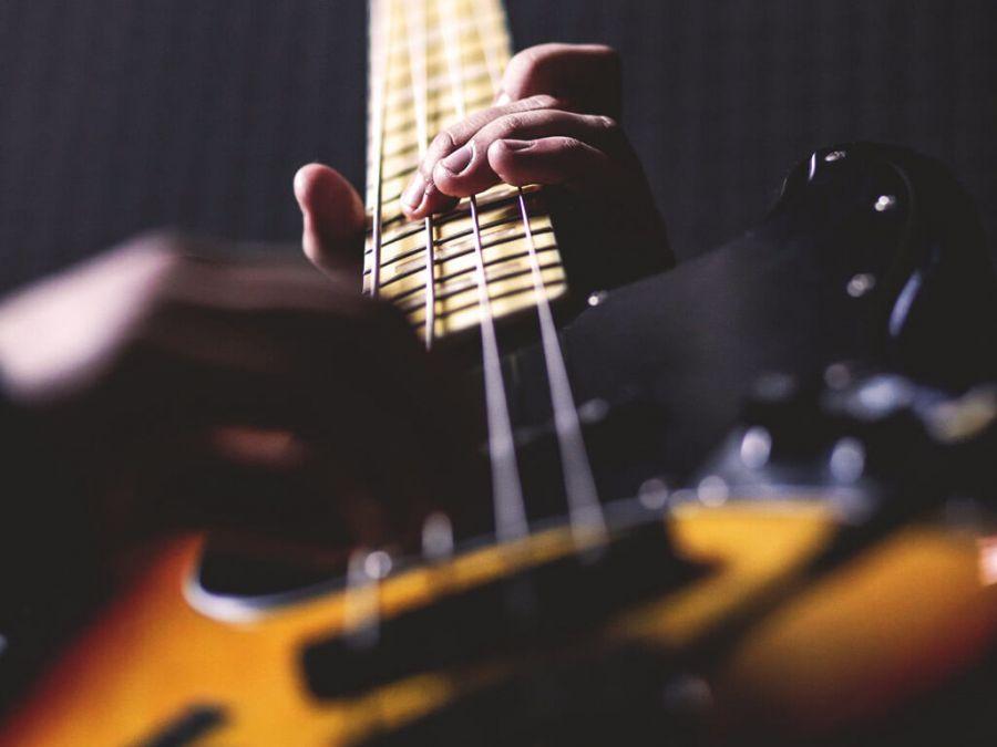 LET IT ROCK (entrada livre)