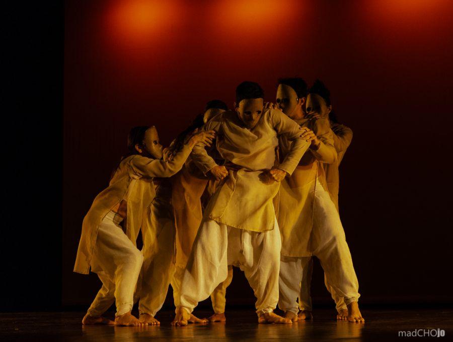 Gira de espectáculos. Obras de repertorio, Oda al diablo, Uno y Talleres