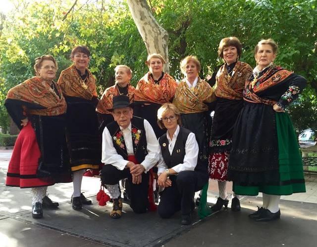 Actuación Grupo Folk Trébol || Parroquia Sagrada Familia de Cáceres