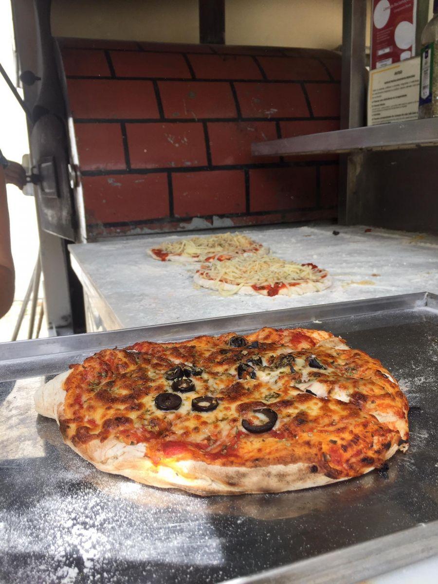 Workshop de pizza com legumes da Horta