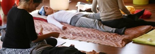 Módulo 1 de Massagem Thai Yoga no Porto - pés & pernas