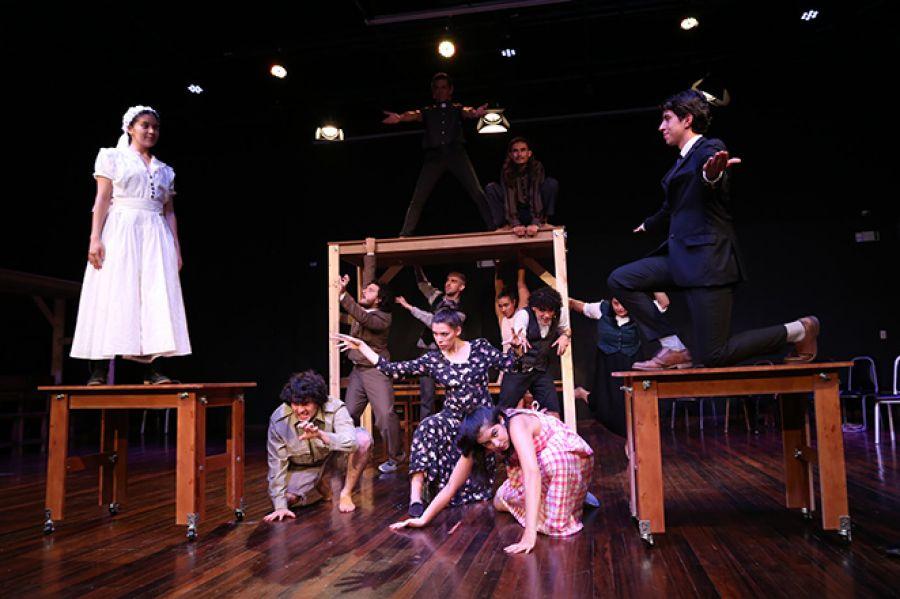 12 Encuentro Nacional de Teatro. Nuestro pueblo. Escuela de Arte Escénico de la UNA