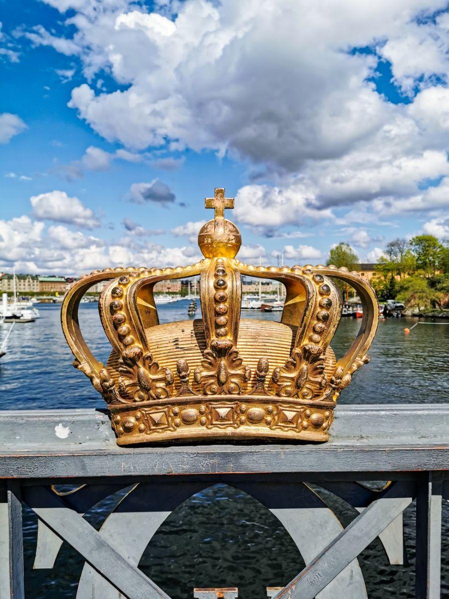 Oficina de Expressão Plástica - Coroas de Rei