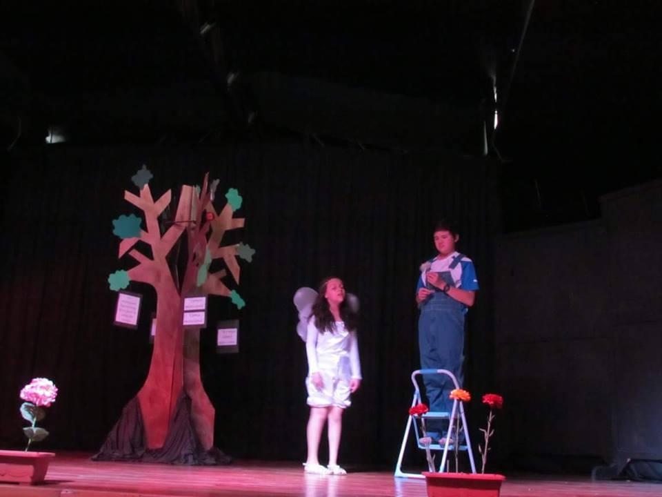 Noche De Teatro: El Paraíso Semiperdido