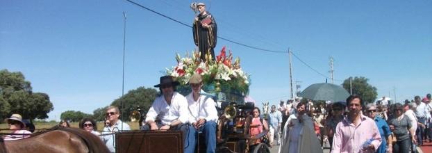 Procissão em Honra de São Bento / Festas das Santas Cruzes