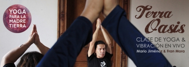 Clase de yoga. Terra Oasis