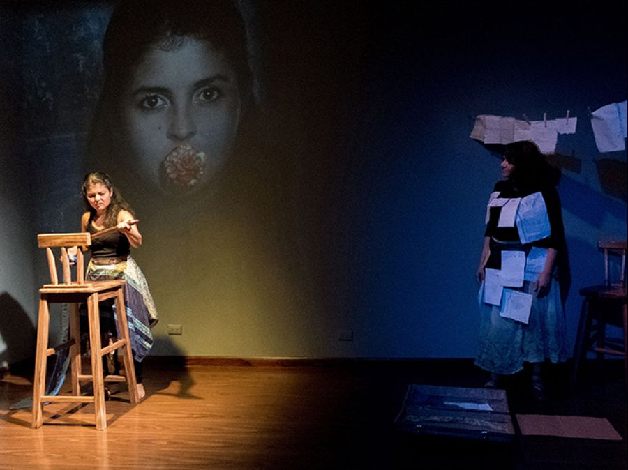 12 Encuentro Nacional de Teatro. Mi Paulina. Teatro UBÚ