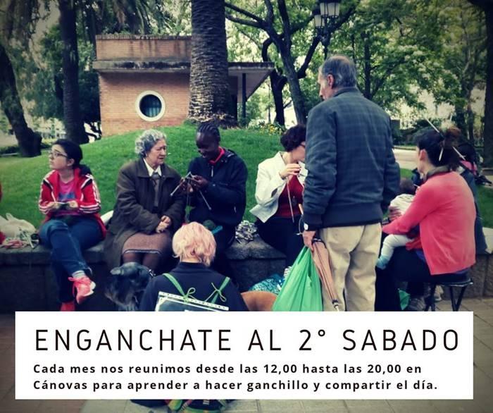 Quedada 'ganchillera' en Cánovas Quedada ganchillera en Cánovas (fuente luminosa) || Cáceres
