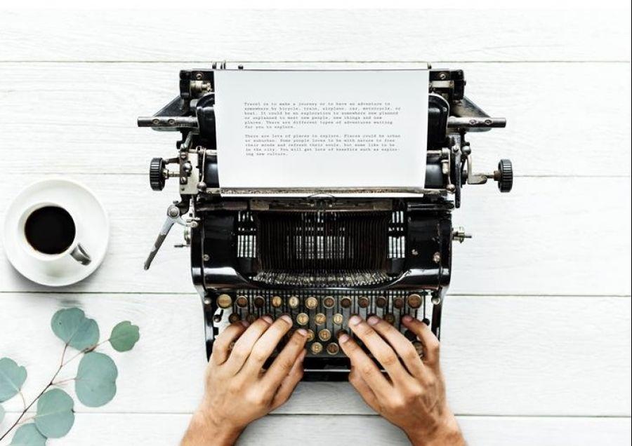 Laboratório de Escrita Criativa e Teatro