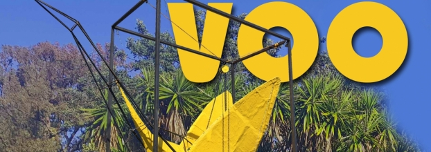 Escultura 'Voo' do artista romeno Stefan Radu Cretu apresentada em Cascais