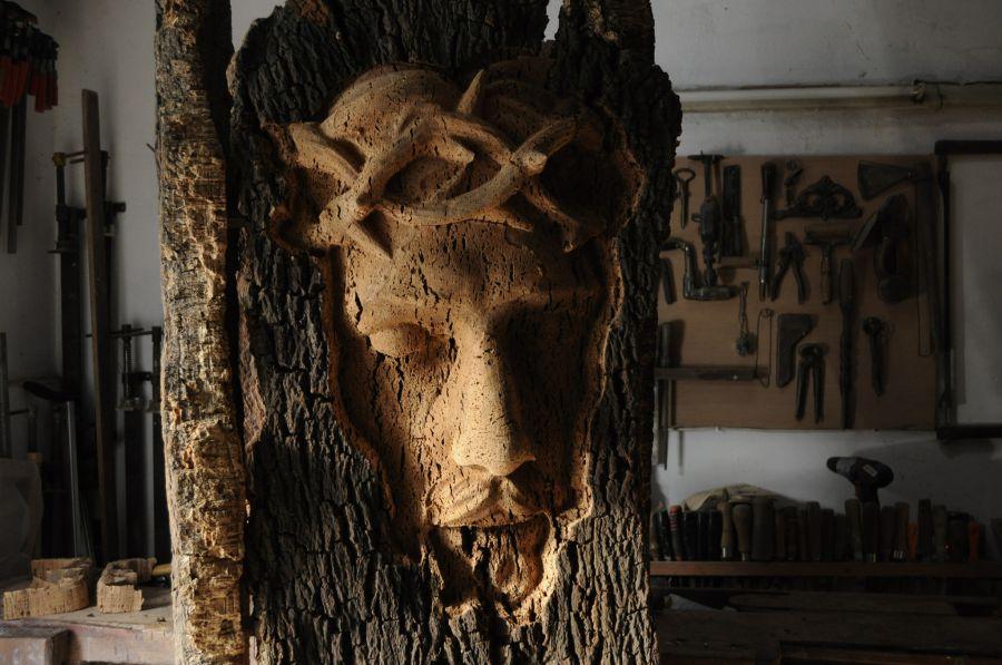 'Ligação' Instalação de escultura de Helder Cavaca