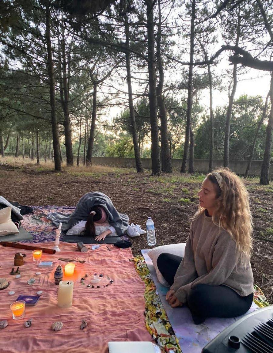 Yin yoga e música intuitiva com o Ngoni