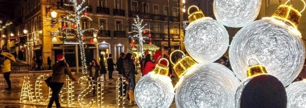 Passeio/ Luzes Natalícias de Lisboa e Miradouros