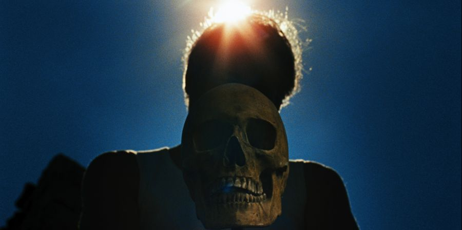 Viernes cinéfilos. Laissez bronzer les cadavres (Dejad que los cadáveres se bronceen). 2017