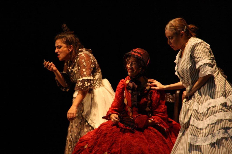 Teatro Ciclo D'Rule | 'Tres en línea'