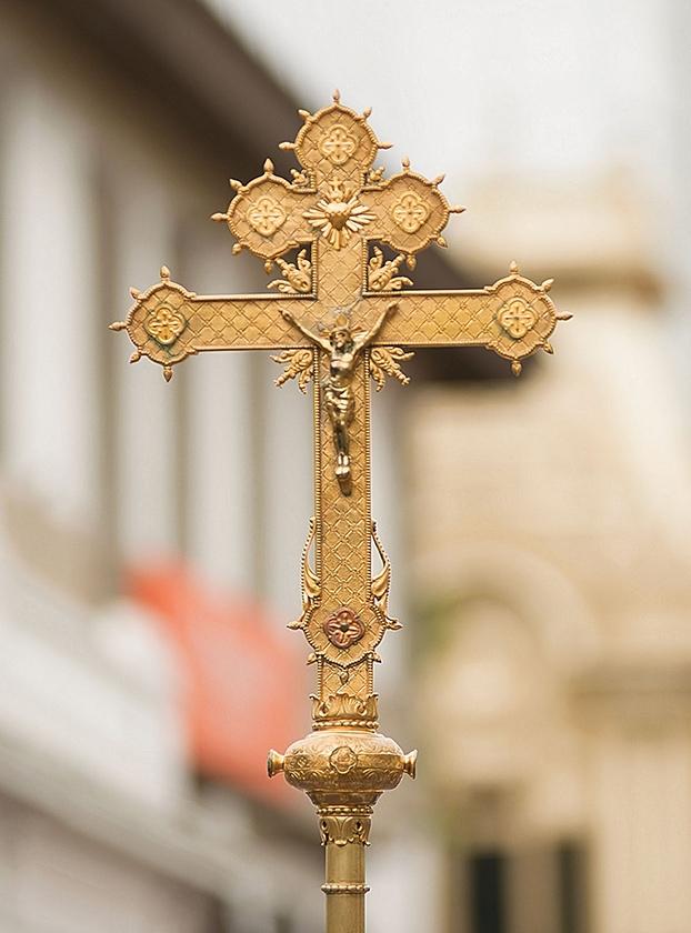 Solemne viacrucis con la antigua y venerada imagen del Santo Cristo de Esquipulas