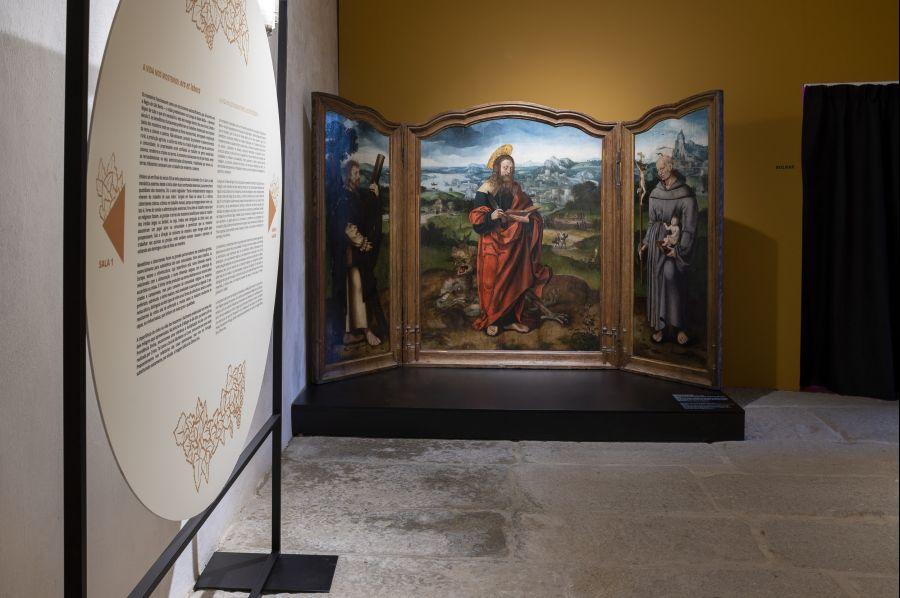 A exposição Ver do Bago, um Brinde entre Deus e os Homens, recebeu já quase mil visitantes e terá agora a companhia de uma outra exposição no exterior do Moste