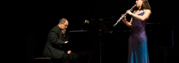 Música de clarinete y piano. Ana Catalina Ramírez y Fernando Zúñiga.