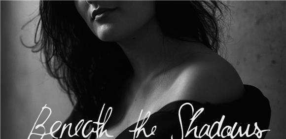 Exposição Beneath the Shadows