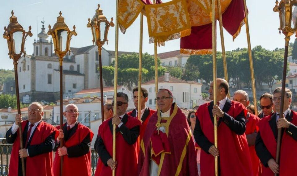 3ª Conferência (FIDES - Festas do Império do Divino Espírito Santo) e…