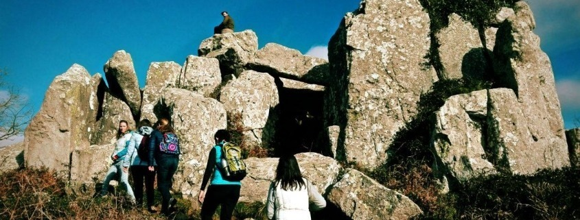 Caminhada de Reconexão em Silêncio – O caminho do Sol e a Pedra da Lua | Sintra