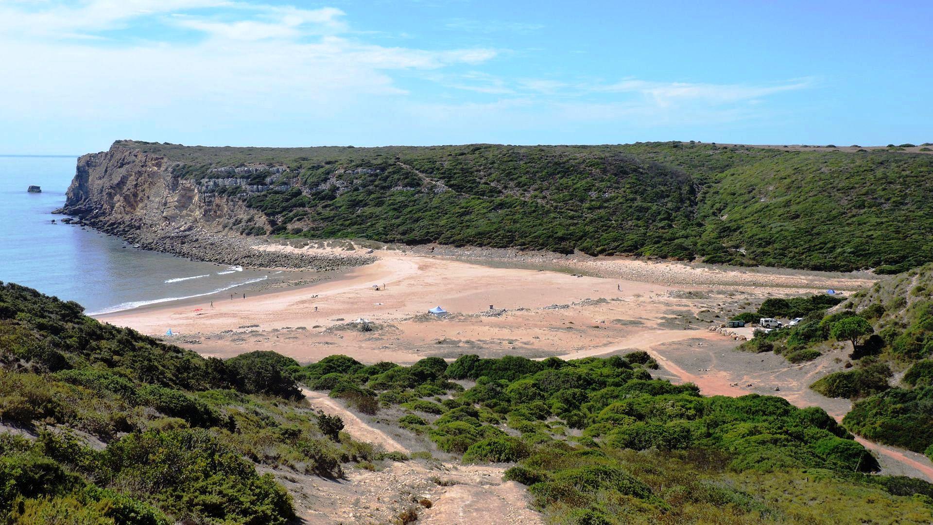 Rapoeira à praia do Zavial