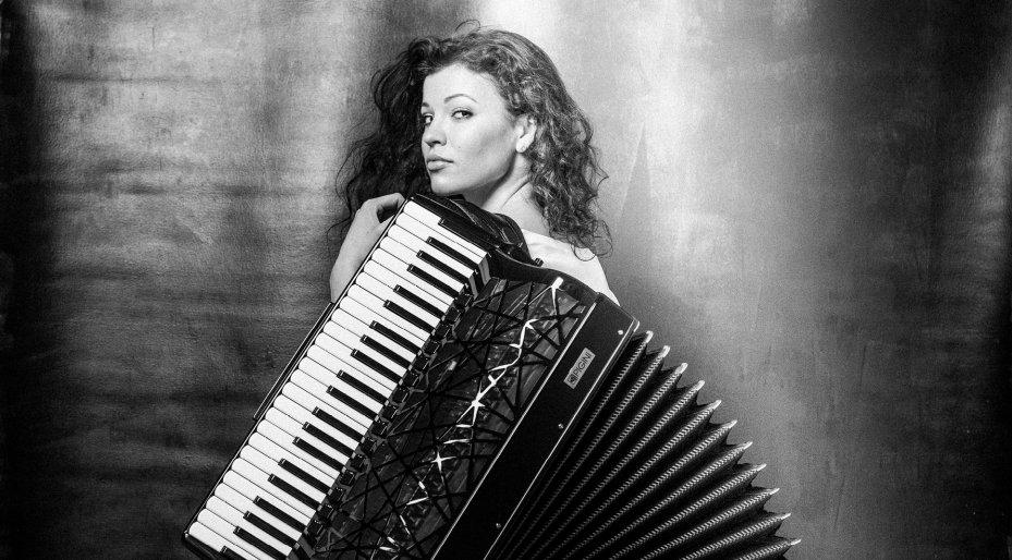 Ksenija Sidorova solo