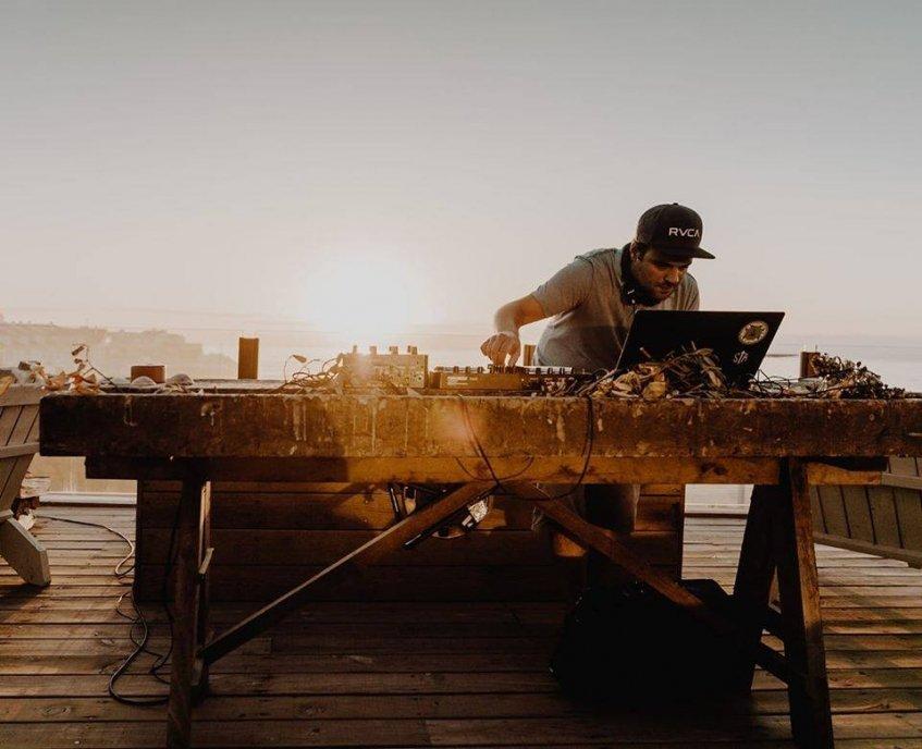 DJ Campina