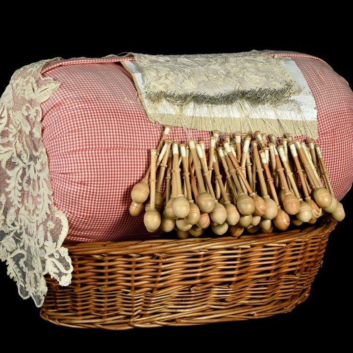 Almofada de Renda de Bilros