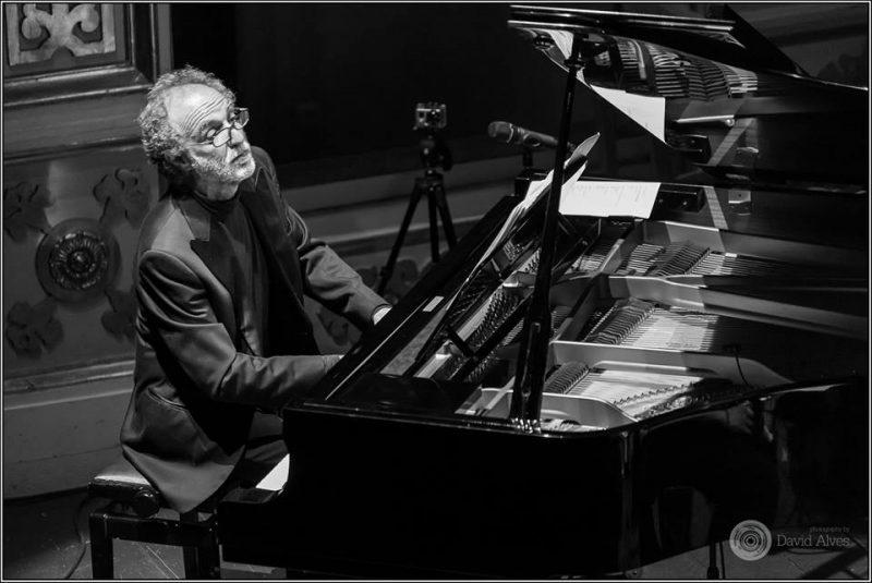 Daniel Schvetz (piano Centenário de Piazzolla)