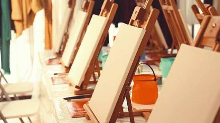 Atelier de Pintura em Cavalete