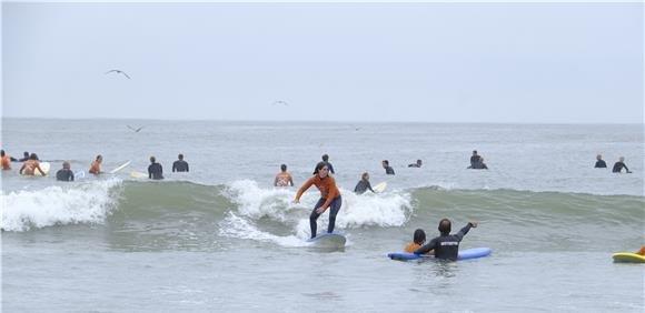 SESSÃO DE SURF | DISCUSSÃO ABERTA SOBRE DESPORTO DE ONDAS