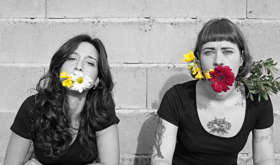 O LADO DE DENTRO - Um espectáculo de Joana Ricardo e Mariana Correia.