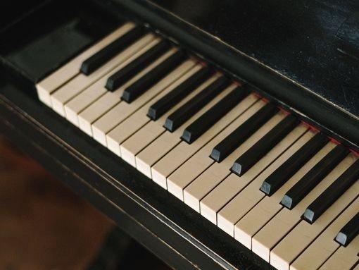 ANA TELLES – RECITAL DE PIANO
