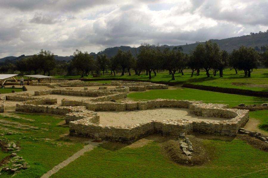 Visitas guiadas e encenadas na Villa Romana do Rabaçal