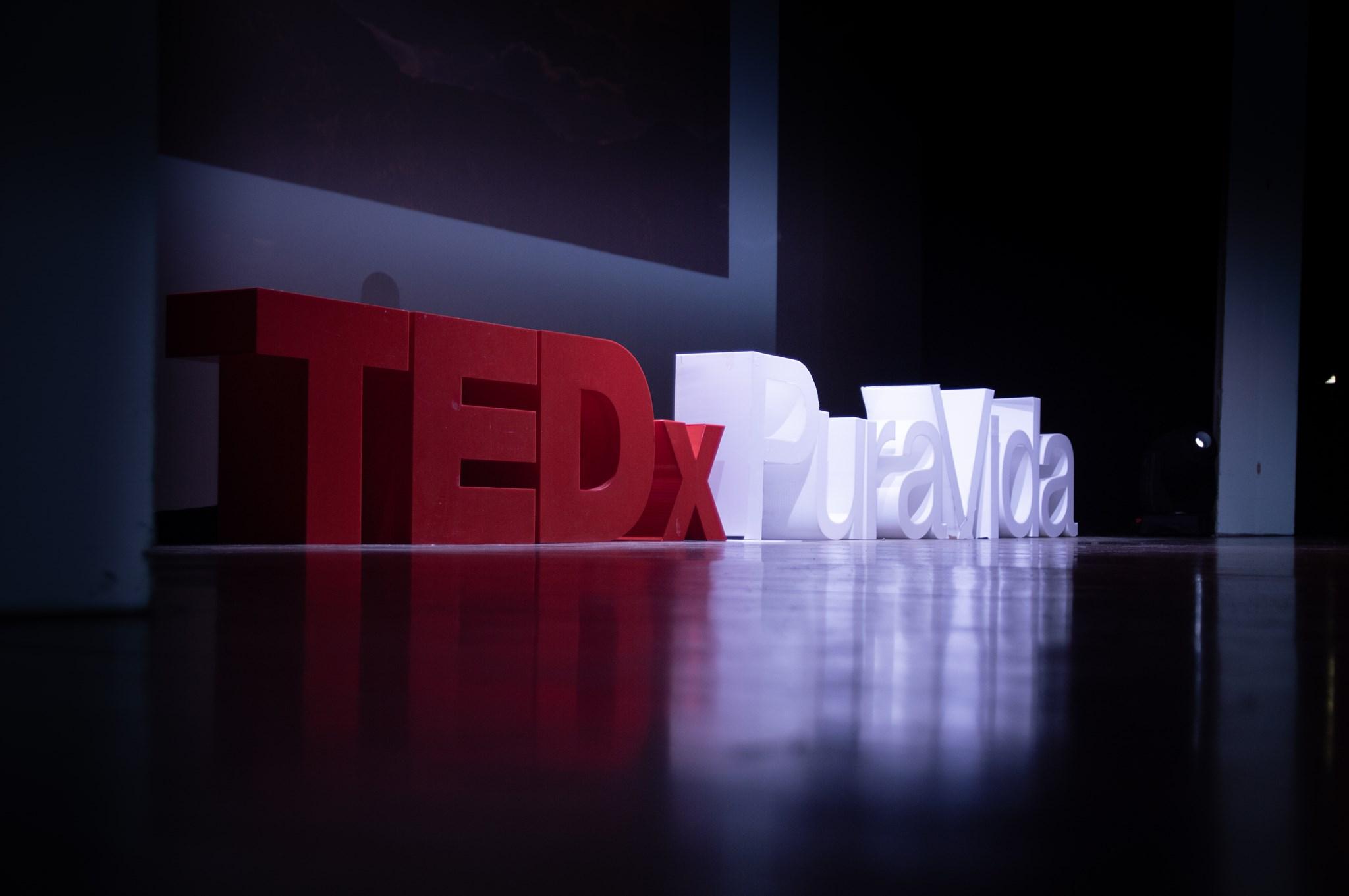 TEDxPuraVidaSalon - Transformación