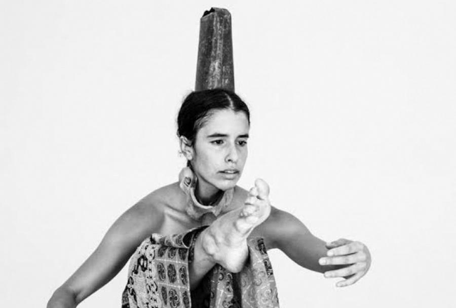 RASCUNHO – Ciclo Instável de Artes Performativas no Feminino | DEN.TRO de Maria Fonseca