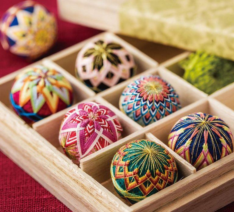 Oriente Nas Virtudes  - Workshop de  Temari. Bolas de Mão Japonesas